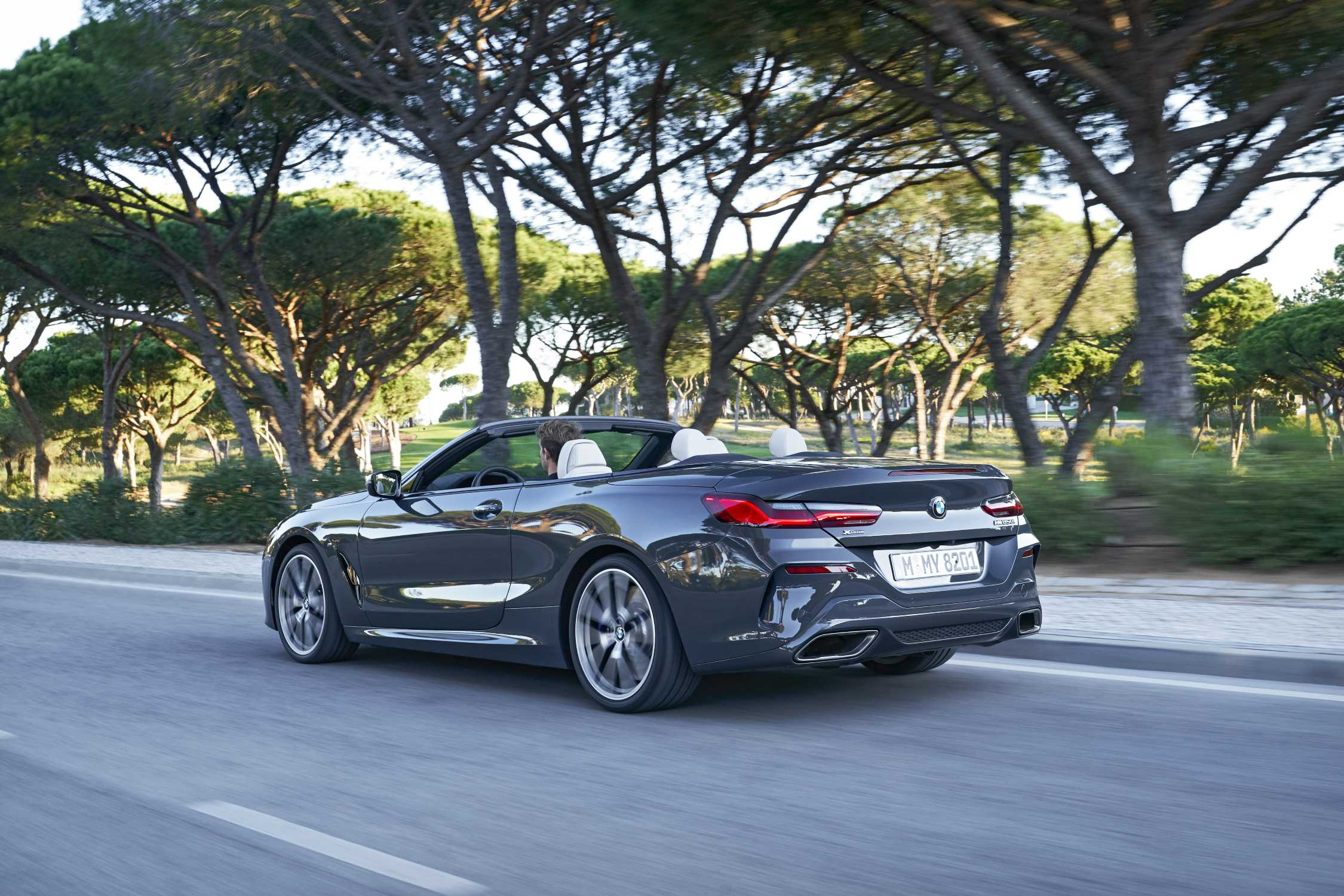 P90343242-the-new-bmw-m850i-xdrive-convertible-in-colour-dravit-grey-metallic-and-20-m-light-alloy-wheels-y-sp-2250px